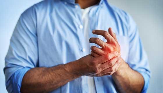 Einige Darmerkrankungen können Gelenkprobleme verursachen.