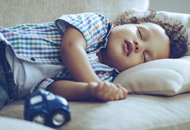 Sleep Apnea Symptoms and Risks: 6 Myths to Know