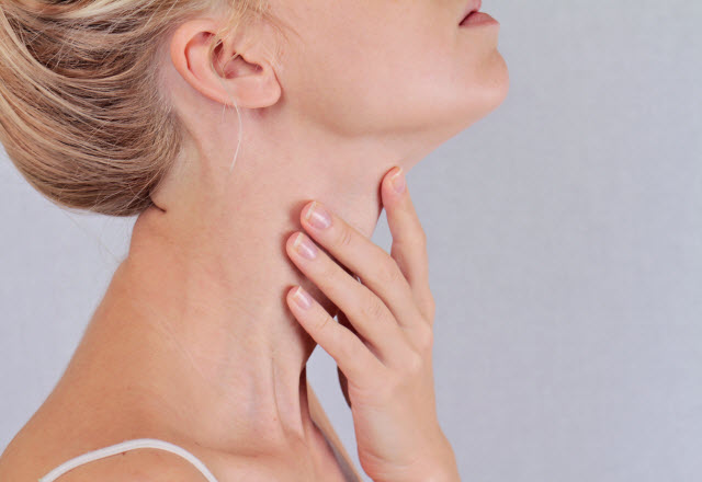 Thyroid Nodules When To Worry Johns Hopkins Medicine