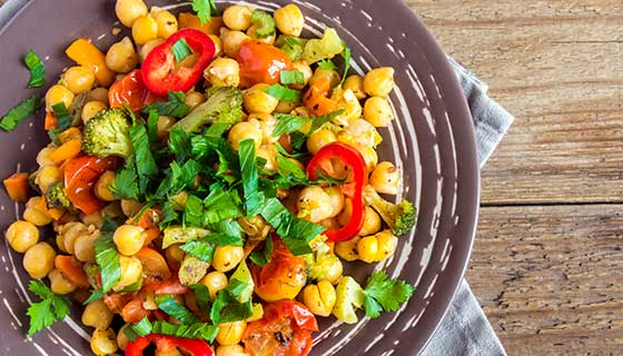 Chickpeas and tomatoes in a salad