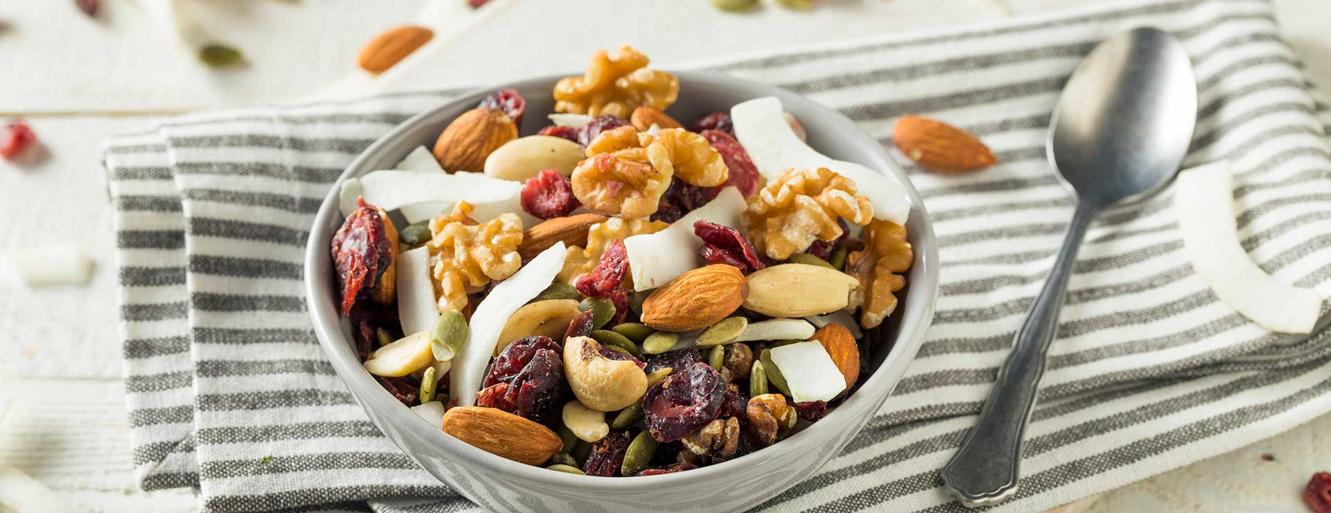 bowl of healthy trail mix