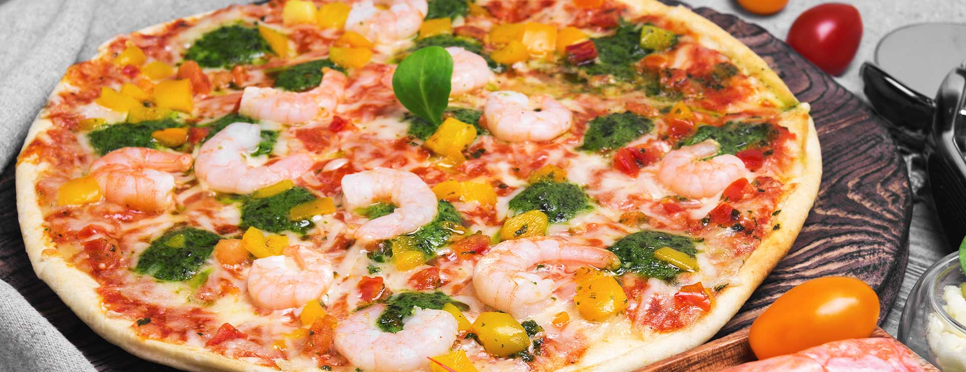 pizza with shrimp toppings