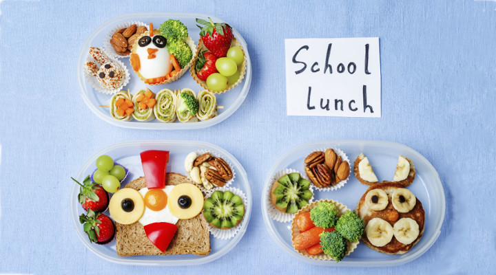 Whimsical lunch arrangements.