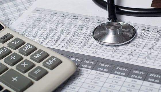 medical bill and calculator