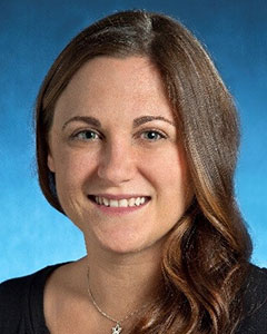 headshot of Lauren Sauer