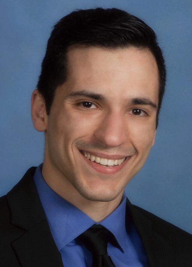 headshot of Alex Shustorovich