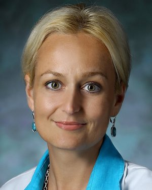 Photo of Dr. Ileana Lucia Ponor, M.B.A., M.D.