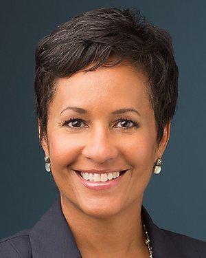 Headshot of Jennifer Parker Porter