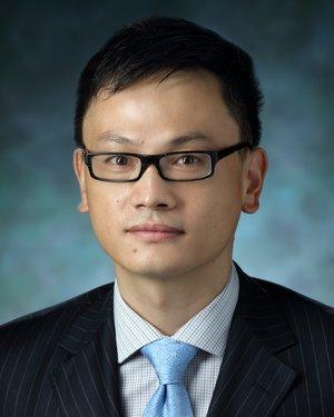 Headshot of Lintao Qu
