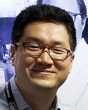 Headshot of Sung Ung Kang