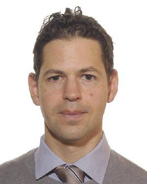Headshot of Evan Martin Bloch