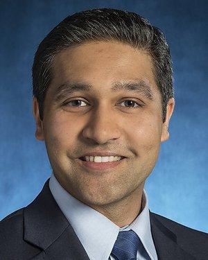Headshot of Parvez Mubasshir Lokhandwala