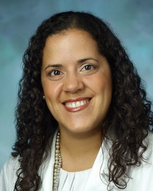 Headshot of Dulce Maria Cruz-Oliver