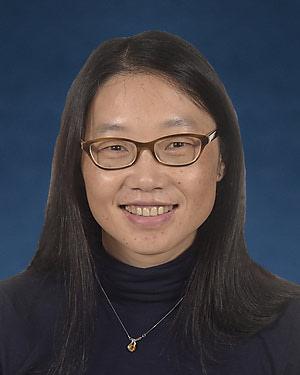 Headshot of Xiaojun Wu