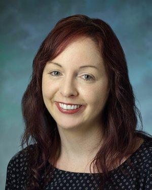 Headshot of Amie Bettencourt