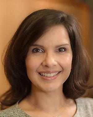 Headshot of Caridad Maylin De La Uz