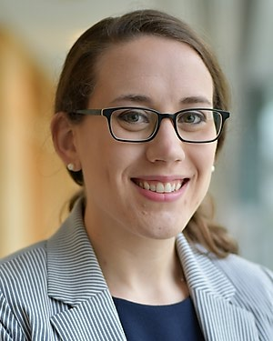 Headshot of Rachel Harris Alinsky