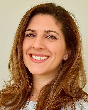 Headshot of Nicole Zahradka