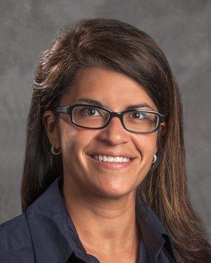 Headshot of Raquel Gomez Hernandez