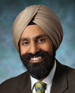Headshot of Harpal Paul Khanuja