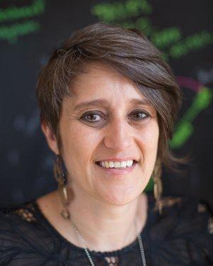 Headshot of Gul Dolen