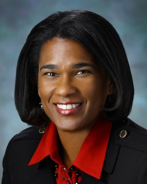 Headshot of Charlene Gamaldo