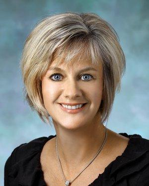 Headshot of Sandra R Rozar