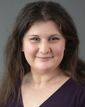 Headshot of Julia Timofeev