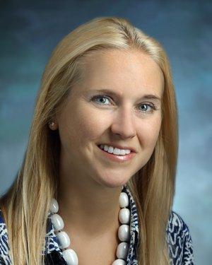Headshot of Courtney Lynn Kraus