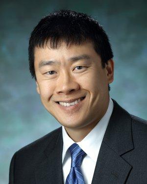 Headshot of Albert Y. Lau