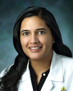 Headshot of Shivani Ahlawat