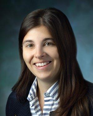Headshot of Alyssa Maria Parian