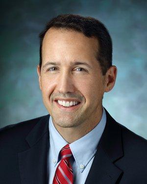 Headshot of Charles Della Santina