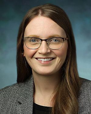 Headshot of Amanda Renae Crum