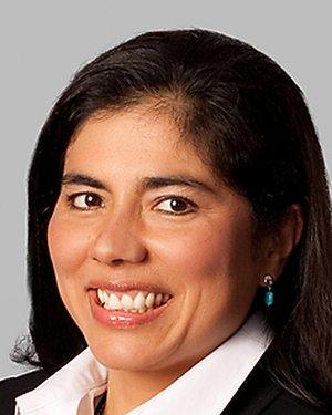 Headshot of Sandra Lora Cremers