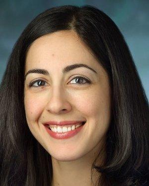 Headshot of Maryana Shenderov