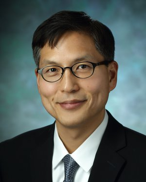 Headshot of David Shih Wu