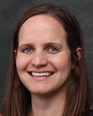 Headshot of Julia Lynn Drewes