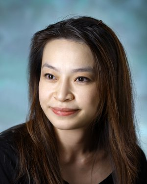 Headshot of Dung Thi Le