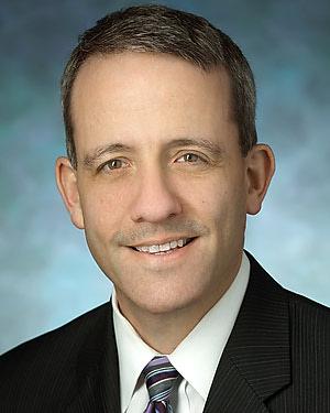 Headshot of Scott David Lifchez