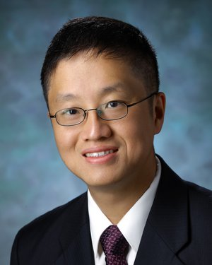 Headshot of David Lin