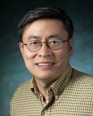 Headshot of Xinzhong Dong