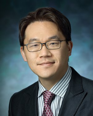 Headshot of Junghoon Lee