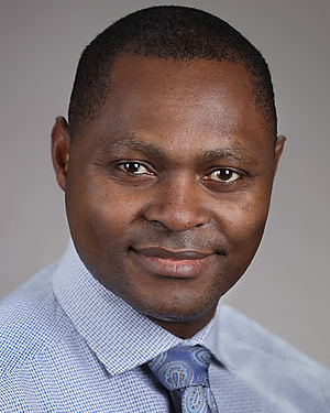 Headshot of Sean Agbor-Enoh