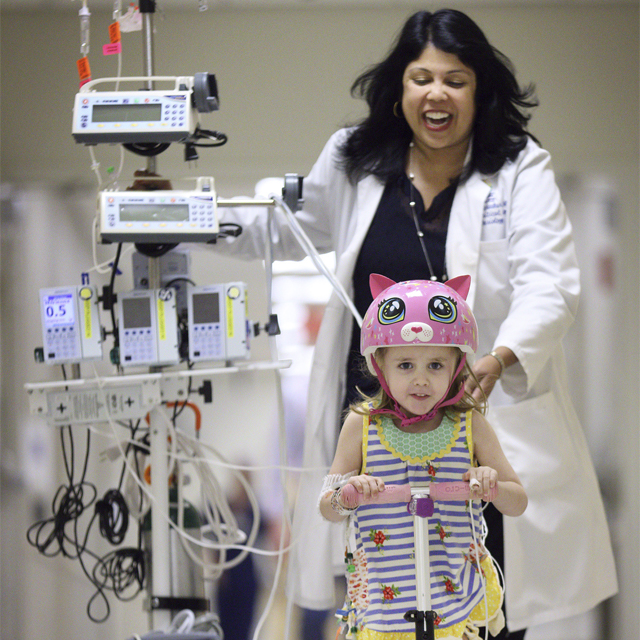 Critical care specialist Sapna Kudchadkar with 4-year-old patient, Avery Doehne.