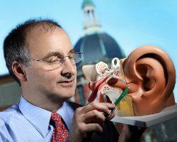 Johns Hopkins Otolaryngologist Leads Panel On New Tinnitus
