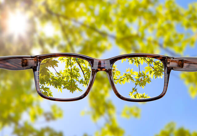 glasses to see clearly