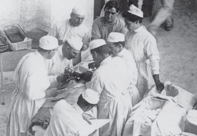 Surgeons inventing sterile procedures