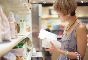 woman in grocery shelf