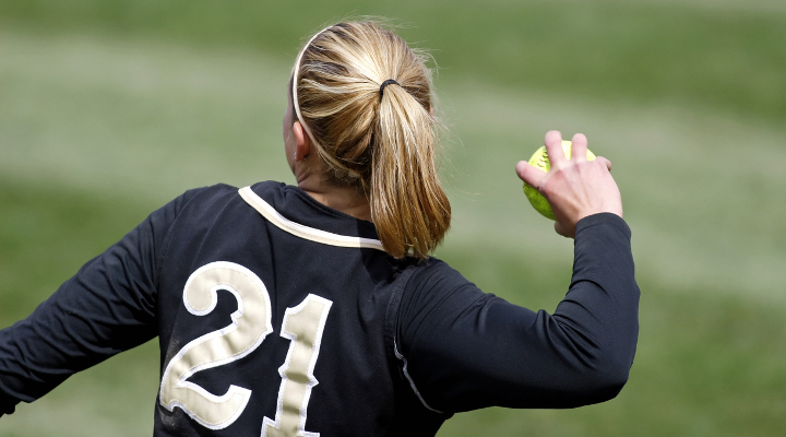SLAP Tear Prevention Tips for Baseball and Softball Players